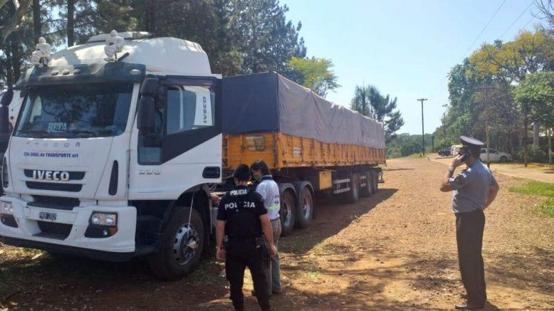 MISIONES – San Vicente: Desarticularon mega contrabando de soja