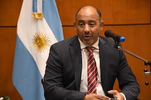 El Gobierno pide endeudarse en 7.200 millones de pesos